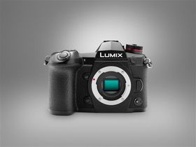 Panasonic Lumix DC-G9 + 12-60mm f/2.8-4 OIS