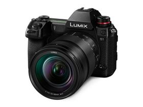 Panasonic Lumix S1 Camera