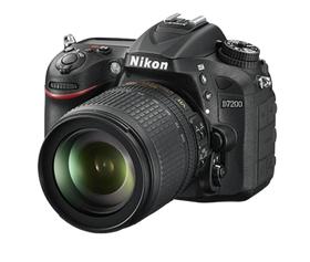 Nikon D7200 & 18-105mm AF-S G VR